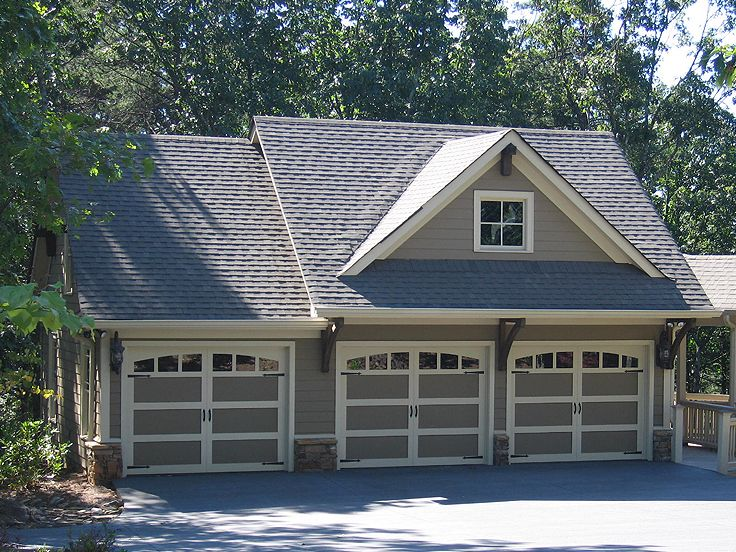 Carriage house plans craftsman style carriage house plan for Modern garage plans with loft