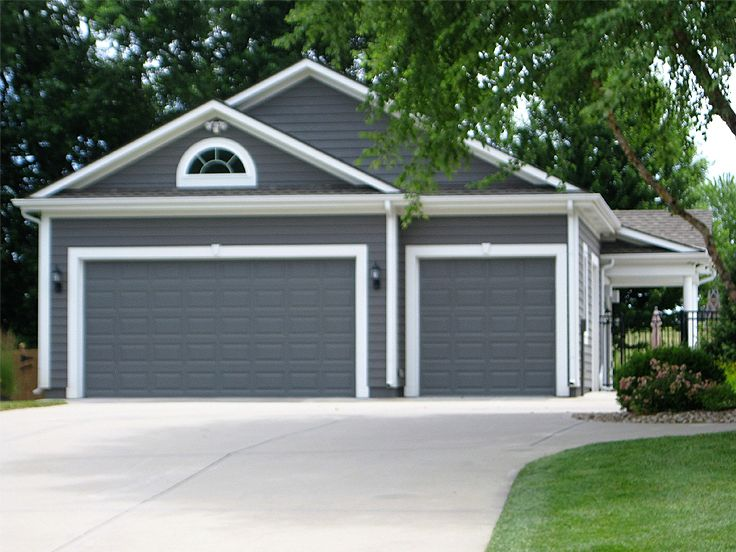 3 car garage building plans for Two car garage doors